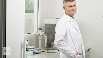 Profesor z Poznania prognozuje kolejnych 40 tys. ofiar epidemii